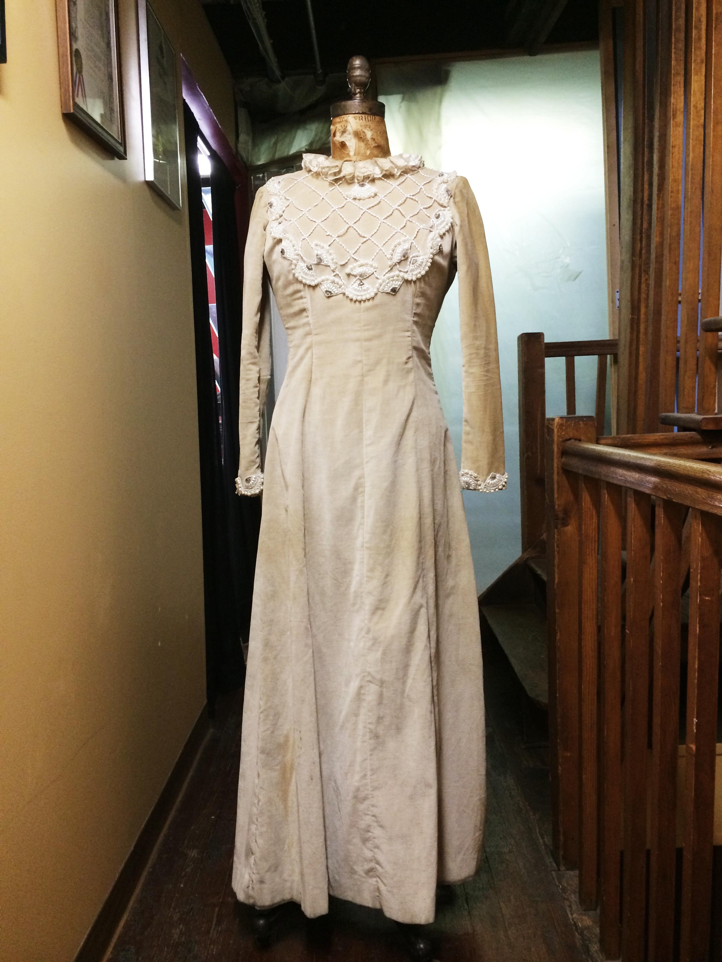 Dress 2-2