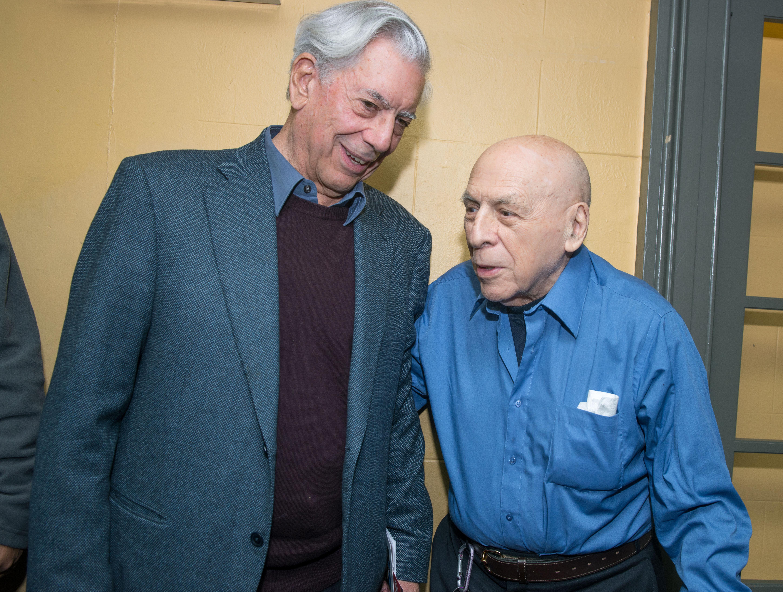 Michael Palma forRepertorio Vargas Llosa Reception Visit 040