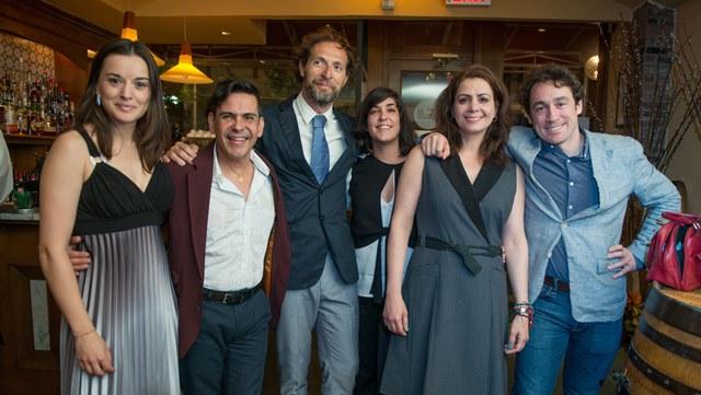 """Burundanga"" cast member (Txemi Parra, Soraya Padro, Zulema Clares and Luis Carlos de la Lombana) with Production Manager Fernando Then and Director Leyma López"